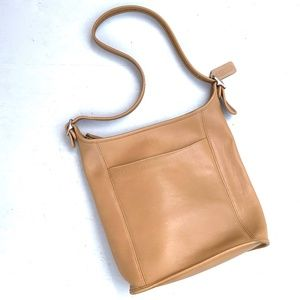 VTG Coach Leather Bucket Shoulder Bag